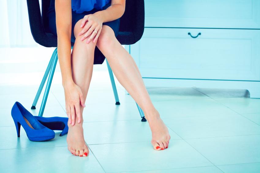 ноги и высокие каблуки