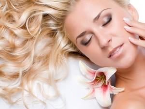 Летняя косметика для волос и кожи
