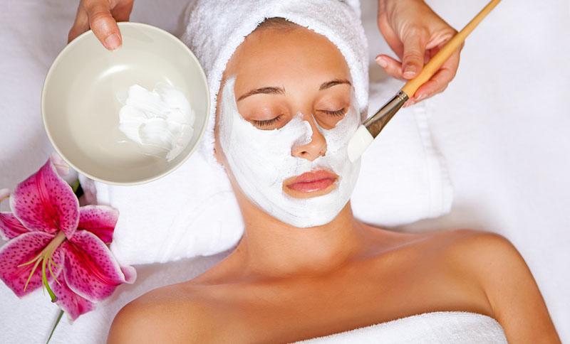 Лучшие бьюти-средства для очищения кожи с охлаждающим эффектом