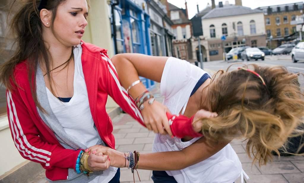 Агрессивное поведение у подростков