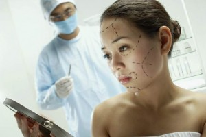 За и против косметической хирургии?