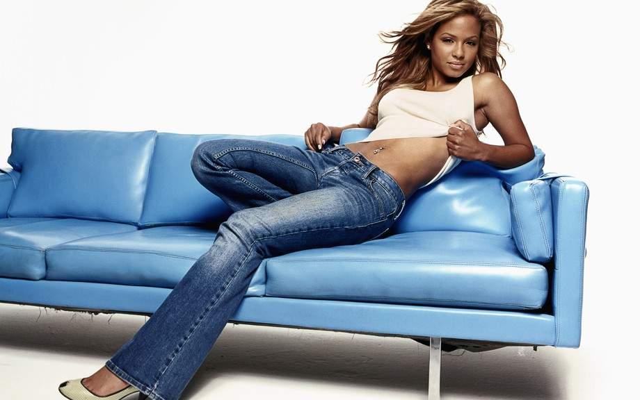Почему джинсы всегда в моде