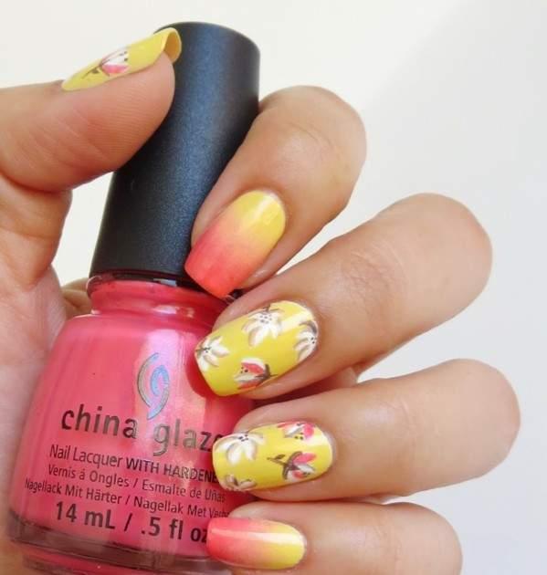 Весенний цветочный маникюр, на желтой основе с декоративными белыми цветами