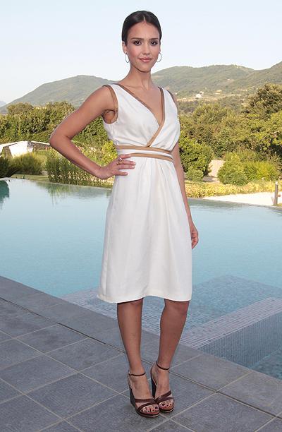 Платье Джесика Альба