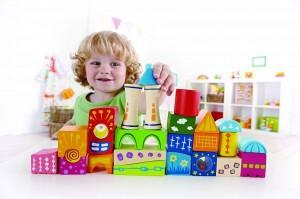 Деревянные игрушки стимулируют детскую фантазию