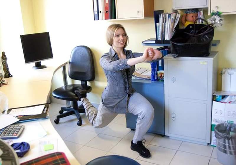 Физические упражнения в офисе